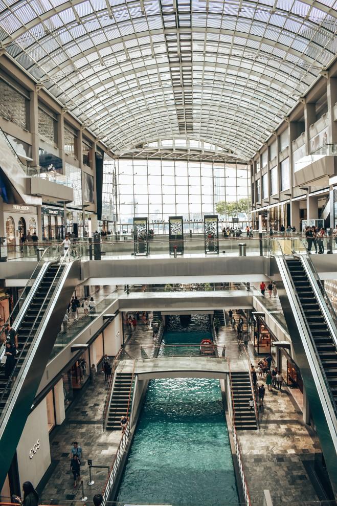 Kanał wodny w centrum handlowym