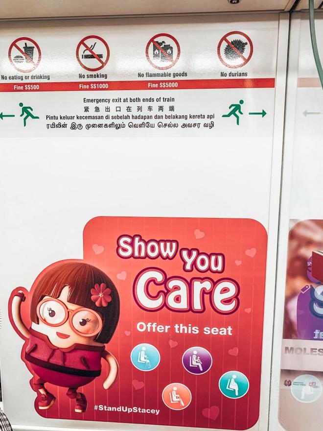 Co jest zakazane w środkach komunikacji w Singapurze? Żucie gumy, palenie i jedzenie