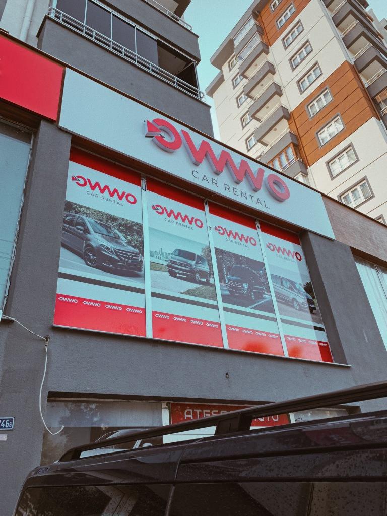 Pechowa wypożyczalnia OWWO w Kayseri